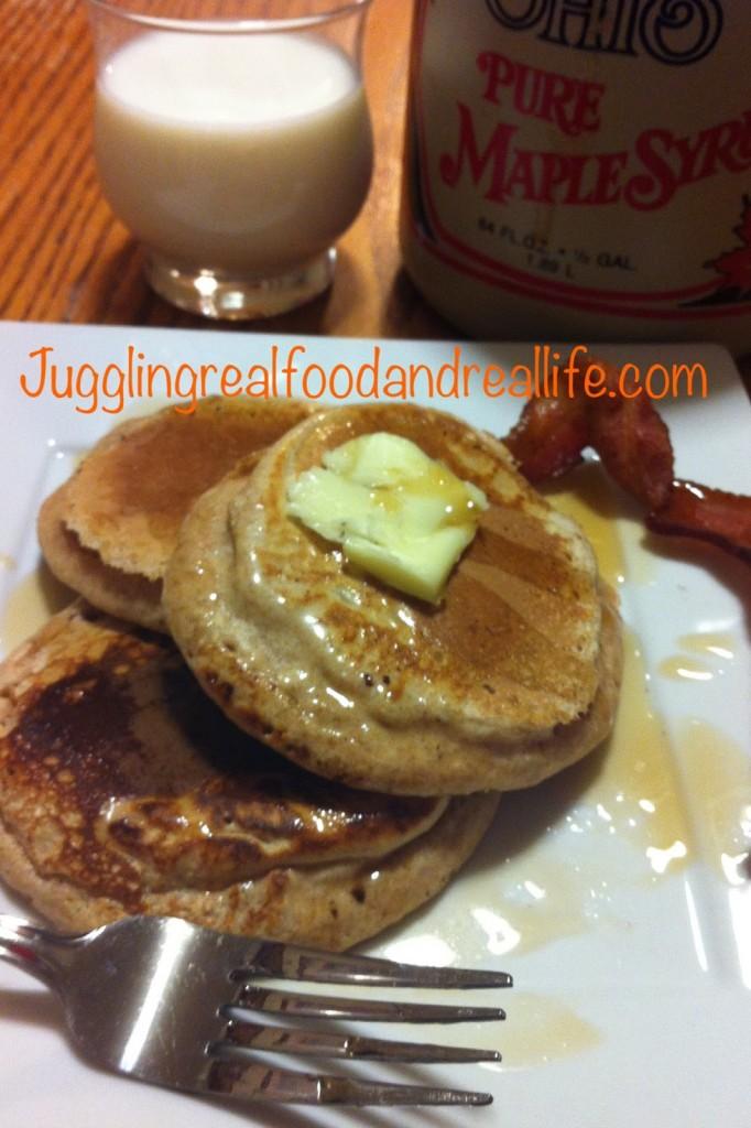 Whole Wheat Pancakes Sweetened with Bananas